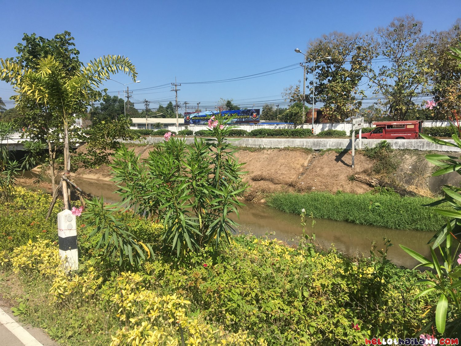 Runs Along The Chiang Mai Canal