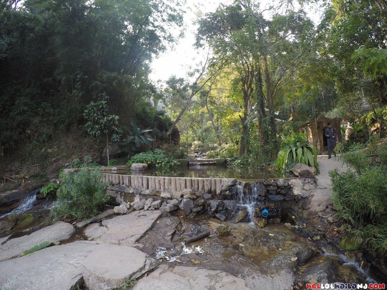 Wat Palad Chiang Mai Flowing Water